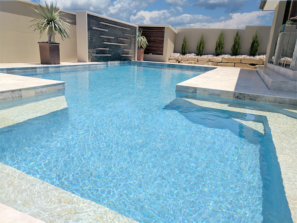 100 patio tiles brisbane pool tiles brisbane stone pool for Pool design brisbane